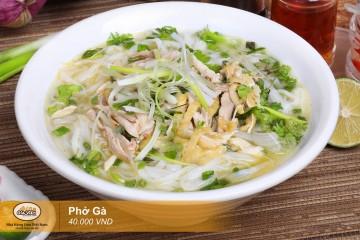 Phở gà truyền thống của người Việt
