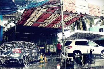 [CHIA SẺ] Dụng cụ rửa xe ô tô chuyên nghiệp gồm những gì?