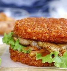 Burger xôi – Lạ mắt, đã miệng, no bụng