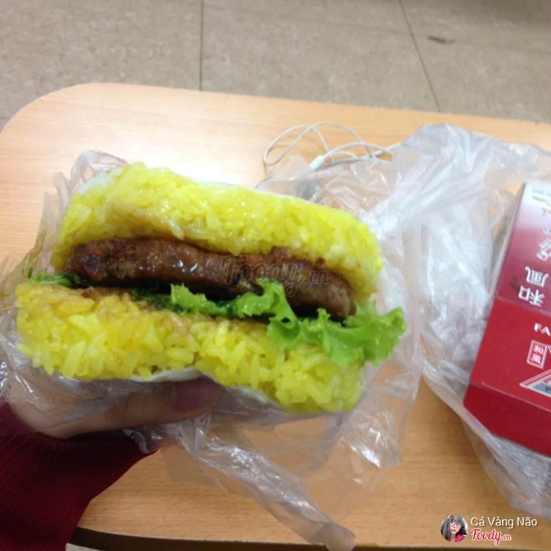 Burger xôi