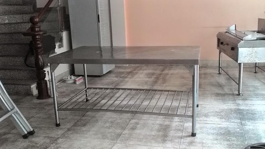 bàn bếp inox song dưới